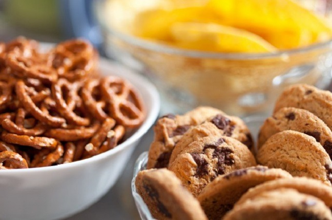 クッキーなどの菓子類