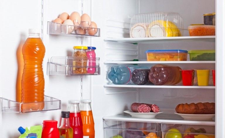 冷蔵庫内の食品イメージ