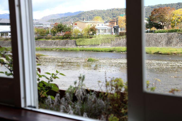 窓際の景観