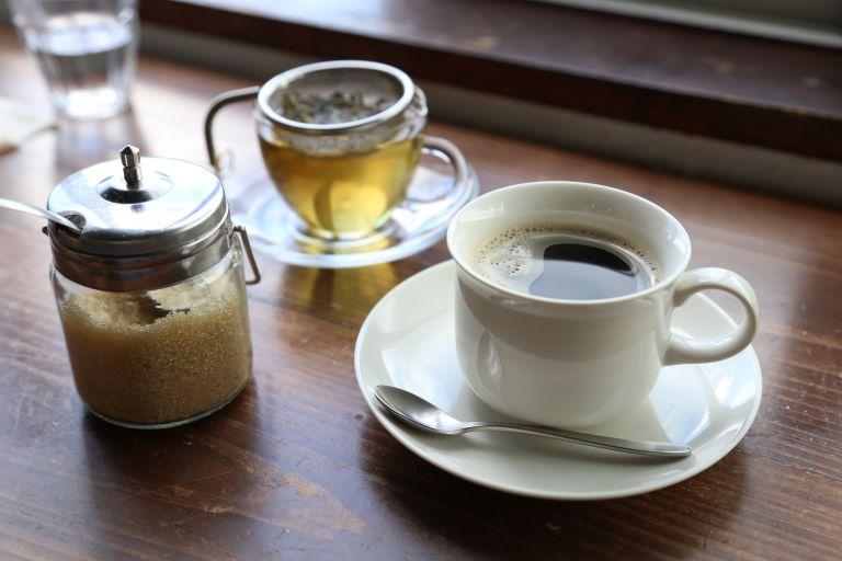 コーヒーとハーブティー