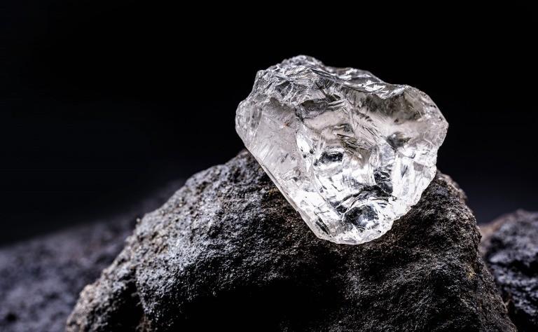 鉱山のダイヤモンド